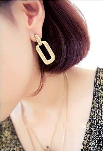 Golden Fashion Rectangle Earrings (Size 4 cm; Color Gold)