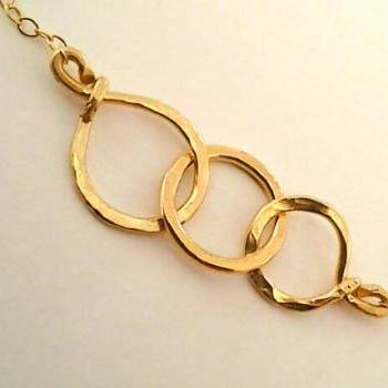 Triple Eternity circle Bracelet, Family, mom and Dad of 1, Mom of 2 - 3, 3 sisters,3 best friends bracelet, Forever Love